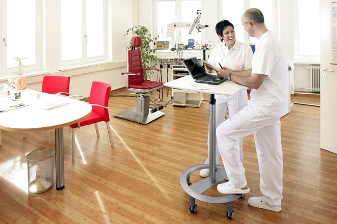 rolls drive tische da vinci denkm bel ergonomische m bel ergonomie und service in k ln. Black Bedroom Furniture Sets. Home Design Ideas